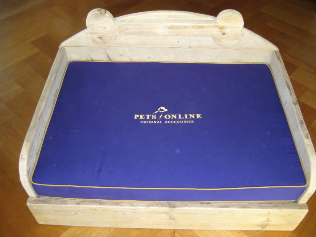 Petsonline Steigerhouten hondenmand model P2