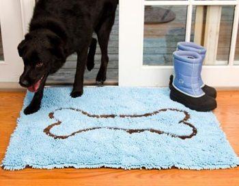Soggy Doggy Droogloopmat Blauw met bot 66 x 91 cm